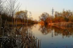 Каналы между озерами у нового моста.